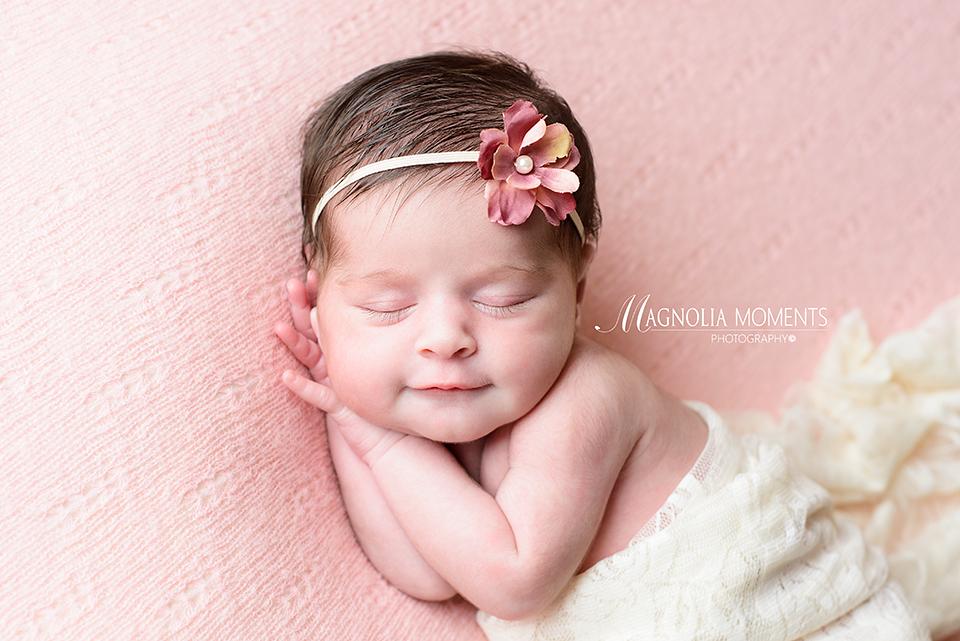 Beautiful newborn baby girl photo session montgomery county